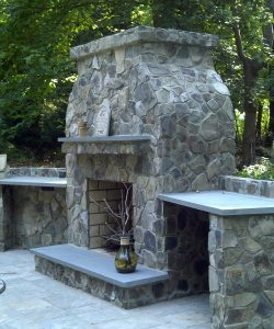 outdoor-fireplace-slate-stone-vase-500x600